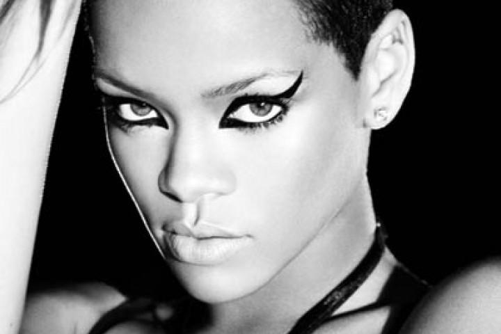 Rihanna 2009 Urban 2