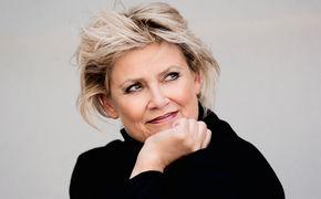 Gitte Haenning, Musikmarkt Interview: Ich schiele immer nach der Sonne