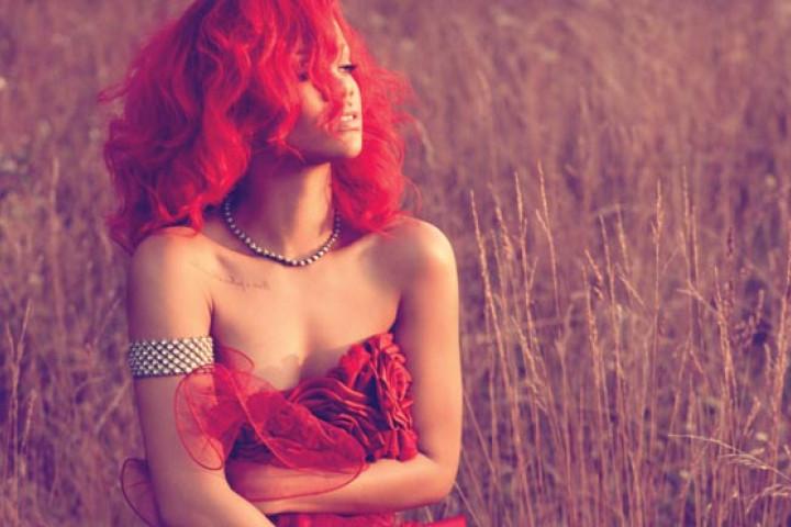 Rihanna 2010 01