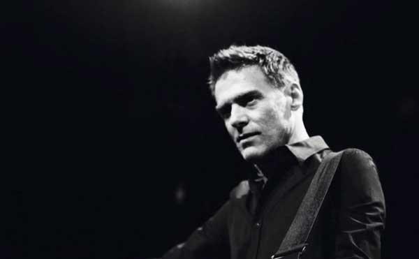 Bryan Adams, Bare Bones kommt als Livealbum!