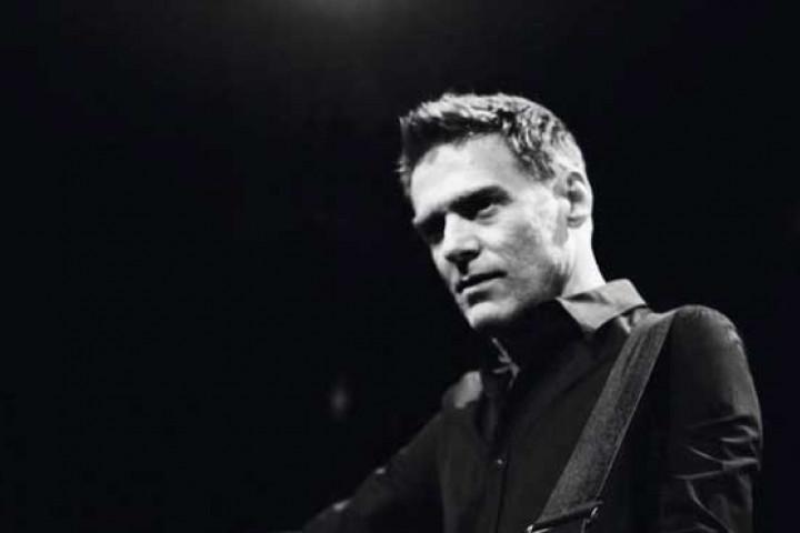 Bryan Adams 2 2010