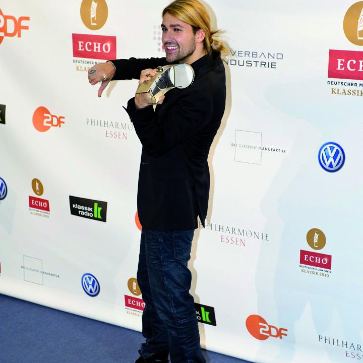 David Garrett mit dem ECHO Klassik 2010 ©Stefan Höderath