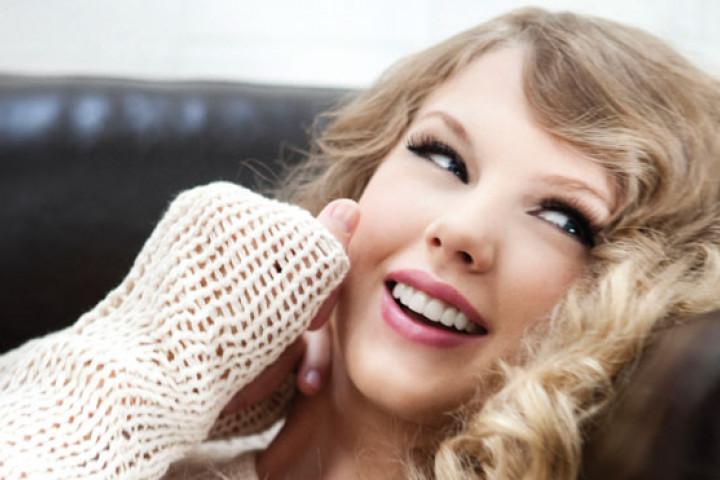 Taylor Swift 2010 01