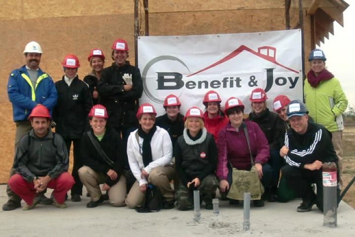 Benefit & Joy Baureise
