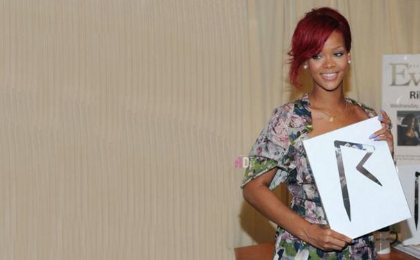 Rihanna, Rihanna veröffentlicht ihr erstes Buch