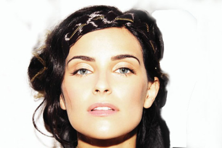 Nelly Furtado Best Of 2010 02_web
