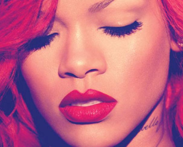 Rihanna, Vote für die Single Love The Way You Lie
