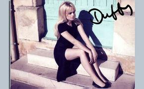 Duffy, Gewinne eines von fünf handsignierten Fotos!