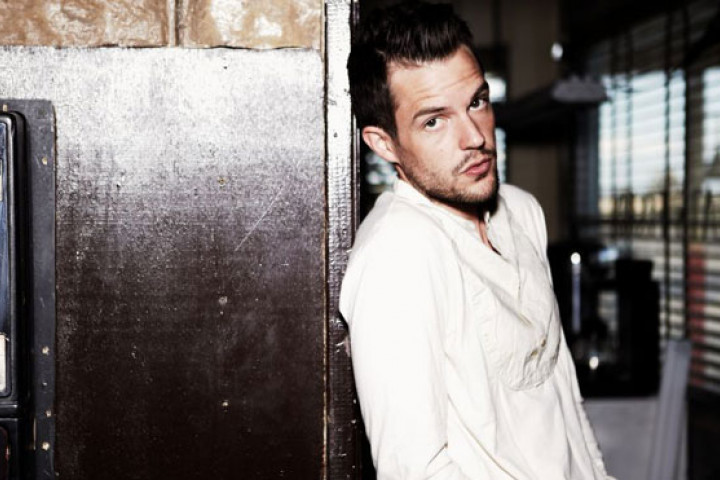 Brandon Flowers Flamingo 2011 03
