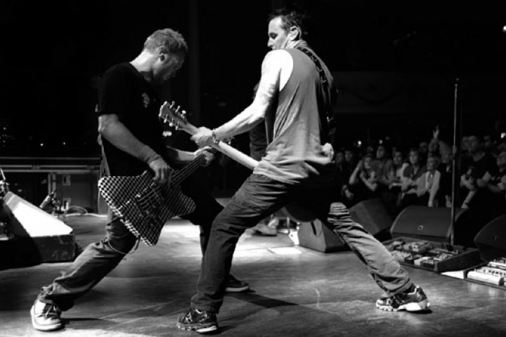 Pearl Jam LIVE ON TEN LEGS 2011 03