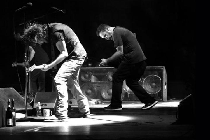 Pearl Jam LIVE ON TEN LEGS 2011 05
