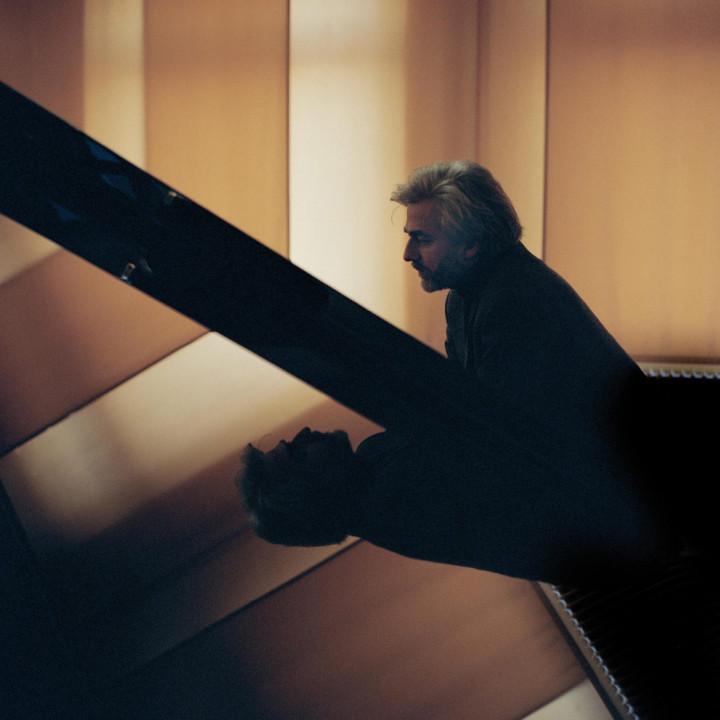 Krystian Zimerman ©Felix Broede / DG