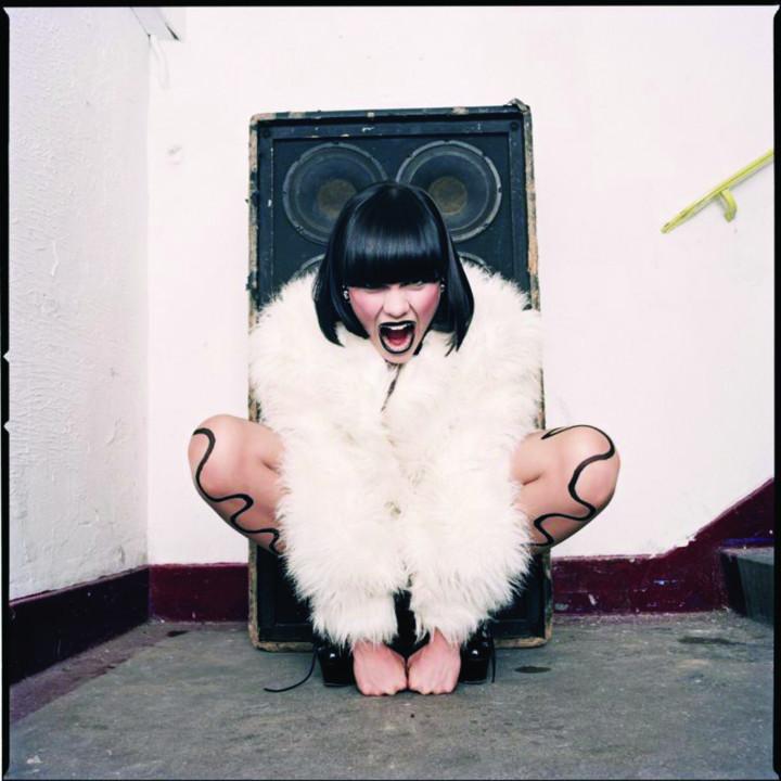 Jessie J Pressebild 2011 04