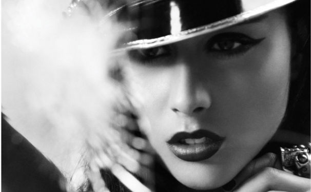Natalia Kills, Videopremiere zum Clip Wonderland!