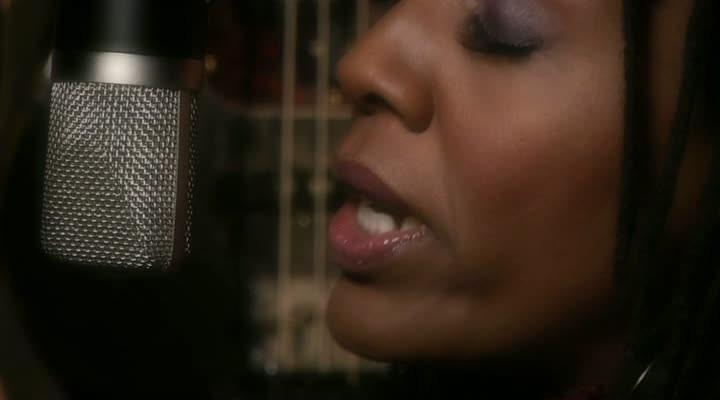 Nailah Porter - Sacred (Musikvideo)
