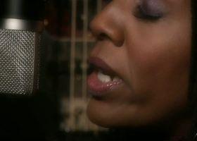 Nailah Porter, Nailah Porter - Sacred (Musikvideo)