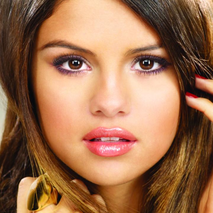 Selena Gomez Pressefoto 3/2011