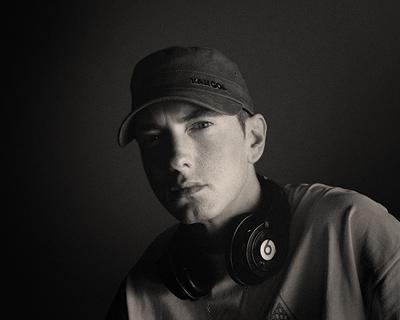 Eminem, Verklagt Audi