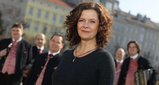 Angelika Kirchschlager, Schrammeln mit Pfiff - Die neue CD von Angelika Kirschlager und Philharmonia Schrammeln
