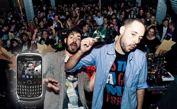 Bag Raiders, Gewinne jetzt ein BlackBerry