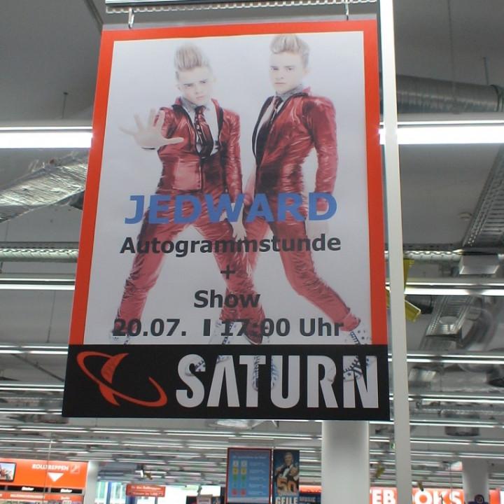 Signing Berlin Saturn Alexanderplatz Juli 2011_4