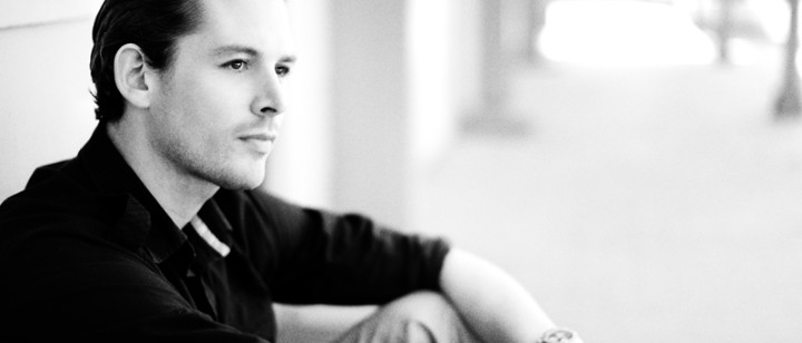 Rasmus Seebach / 800