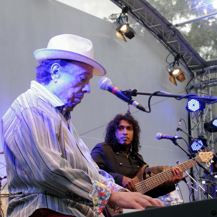 Sergio Mendes Live bei Verve Club in the garden 2011 03 c Max Schröder