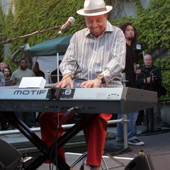 Sergio Mendes Live bei Verve Club in the garden 2011 04 c Max Schröder