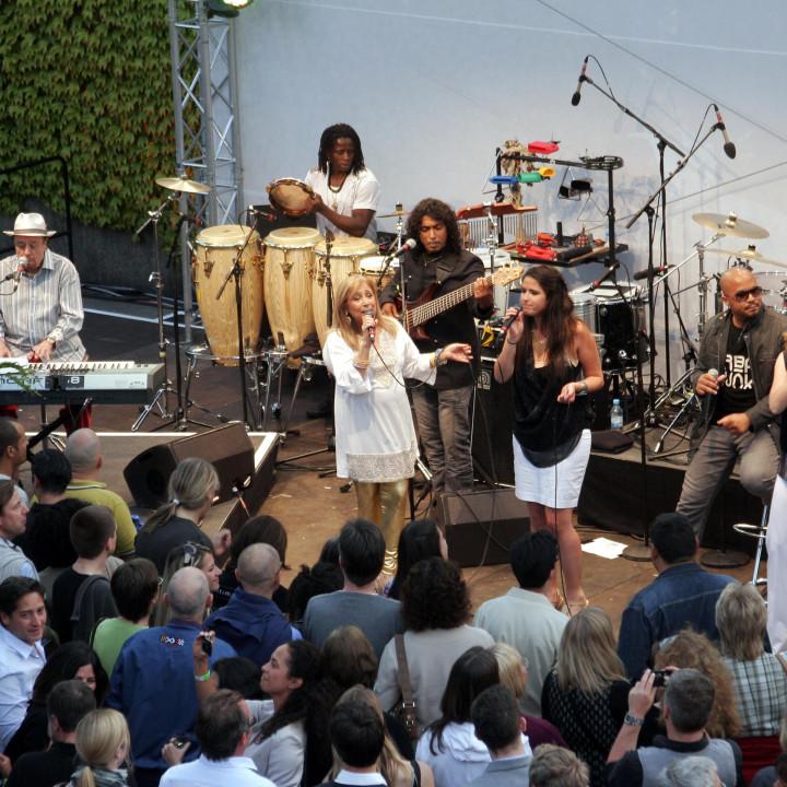 Sergio Mendes Live bei Verve Club in the garden 2011 08 c Max Schröder