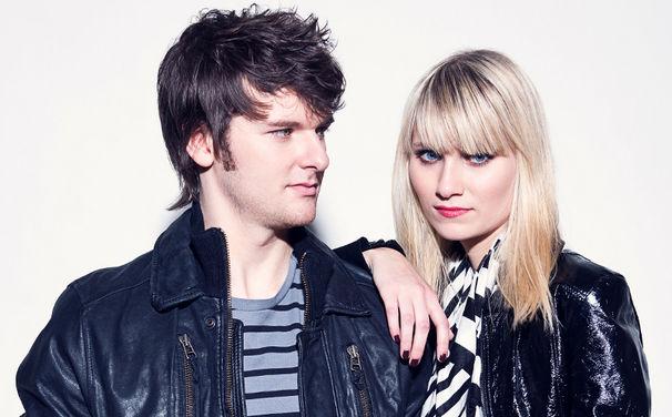 Glasperlenspiel, Caro und Daniel erobern die Charts!
