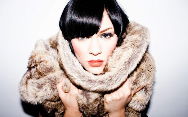 Jessie J, Domino ab jetzt erhältlich