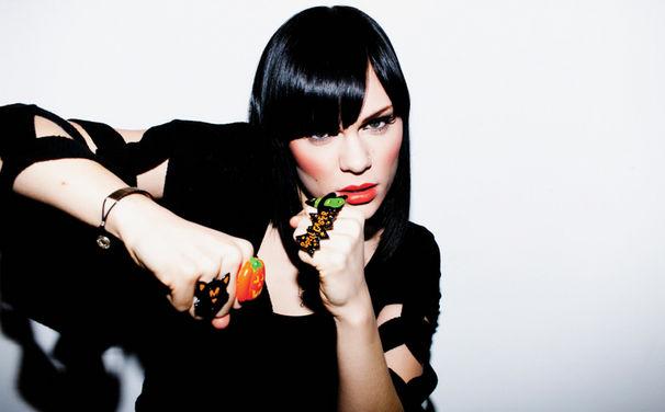 Jessie J, Nimmt vier MOBO-Awards mit nach Hause