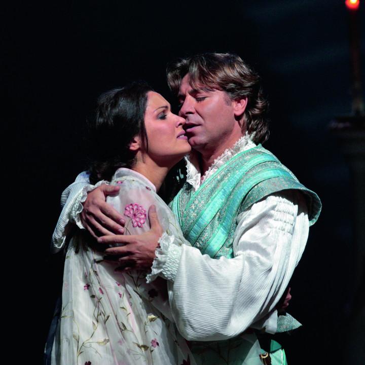 Anna Netrebko (als Juliette) und Roberto Alagna (als Roméo) in Roméo et Juliette, 2007