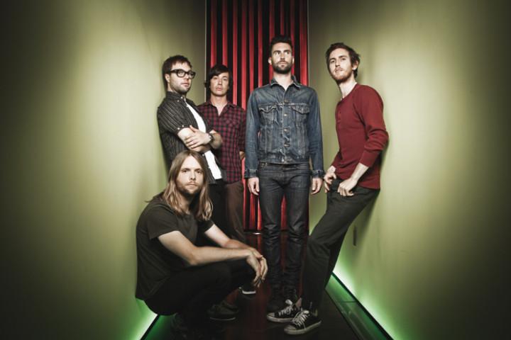 Maroon 5 2011 4