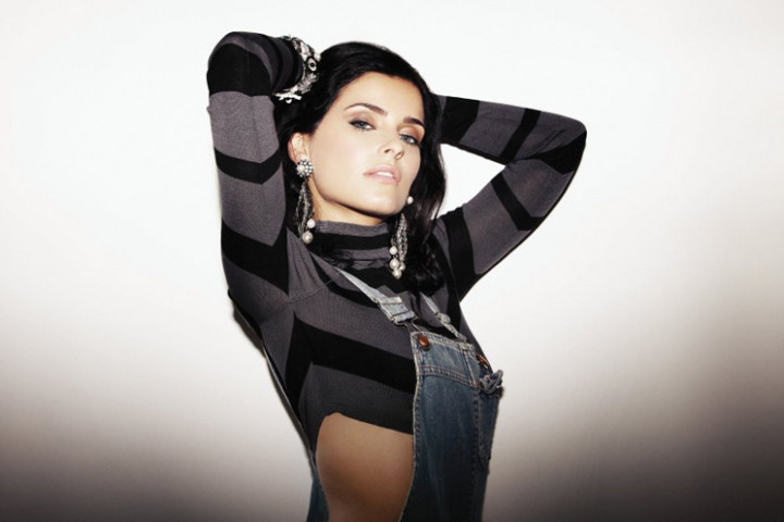 2011 2 nelly Furtado