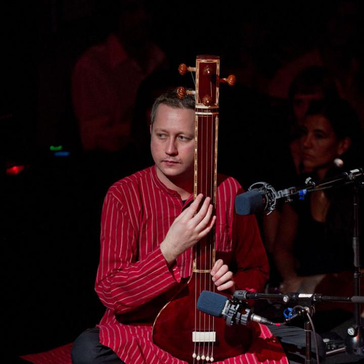 Anoushka Shankar live in der Yellow Lounge in Berlin 2011 c Stefan Hoederath