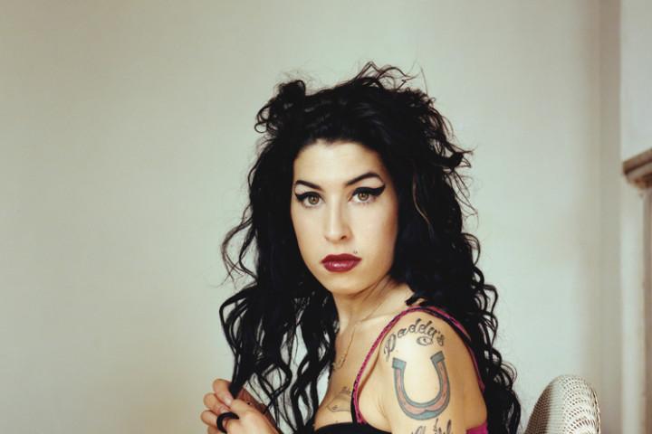 2011 1 Amy Winehouse Back To Black