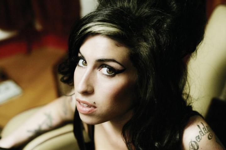 2011 2 Amy Winehouse Back To Black