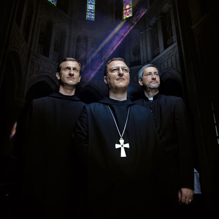 Die Priester Bild 04 2011