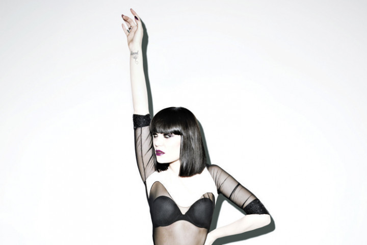Jessie J Domino_1