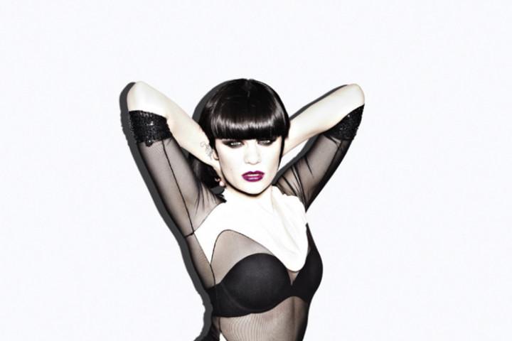Jessie J Domino_2