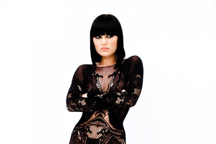 Jessie J Domino_4