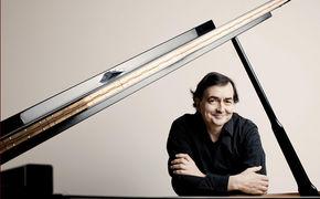 Pierre-Laurent Aimard, Metropolis mit Aimard zum 200. Geburtstag von Franz Liszt