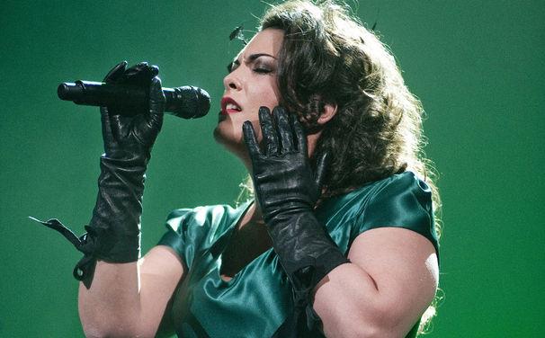 Caro Emerald, Im Juli in Deutschland: Neue Konzert-Termine mit Mic Donet