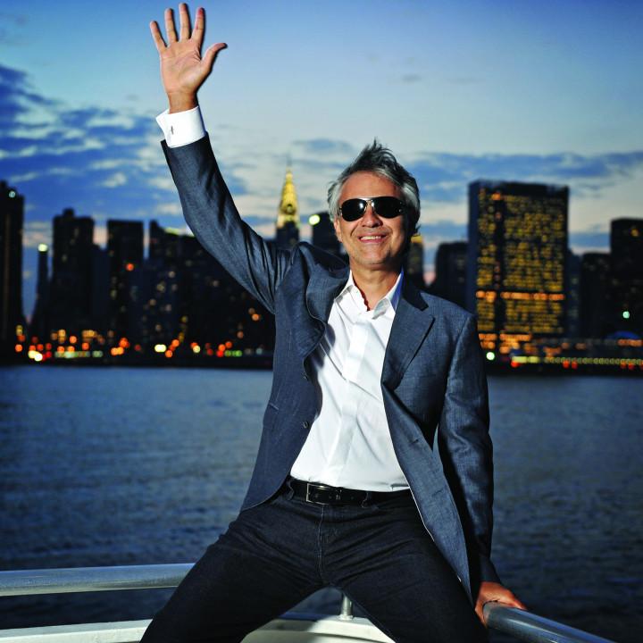 Andrea Bocelli 02/2011