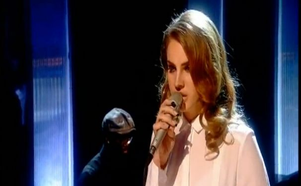 Lana Del Rey, Video Games live: Lana bei Jools Holland
