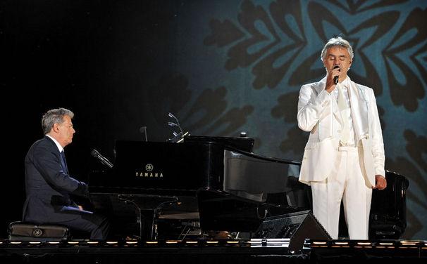 Andrea Bocelli, Die CD und DVD Concerto: One Night In Central Park sind ab jetzt erhältlich!
