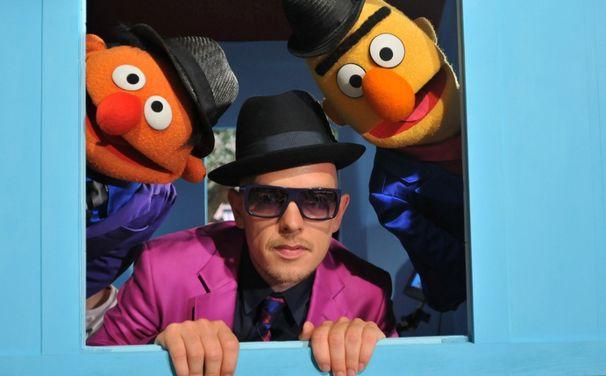 Jan Delay, 7. Dezember: Seht Jan Delay featuring Ernie und Bert