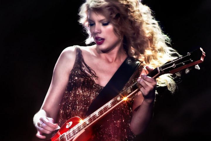 Taylor Swift – Speak Now World Tour 1