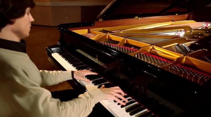 Szymanowski - Sonata in C minor - 3. Tempo di Minuetto